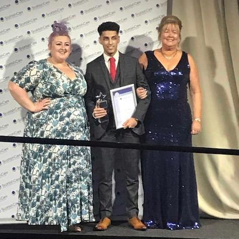 Sean receives Scottish care Award